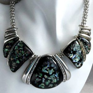 Chunky Lucite Embedded Shells Necklace